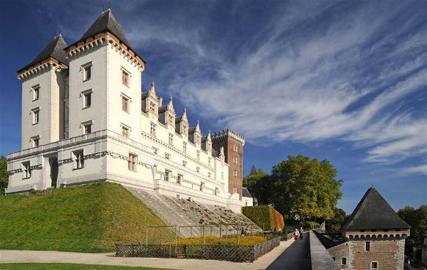 Idée Cadeau Pau Pyrénées Tourisme patrimoine culture musée château