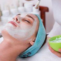 Idée Cadeau Aura Esthétique Argeles le Boulou : soin visage éclat