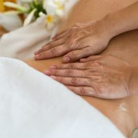 Idée Cadeau Être Zen Saint-Michel-sous-Bois : massage ayurvédique