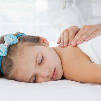 Idée Cadeau ma bulle de bien-être Davézieux : massage doux enfant