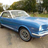 Idée Cadeau Mustang 66 Gretz-Armainvilliers : vue gauche