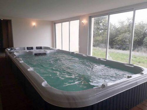 Idée Cadeau Domaine de Janis le Vigan : le spa de nage