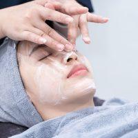 Idée Cadeau Rêves de Beauté à Veauche : soin massage visage perfecteur