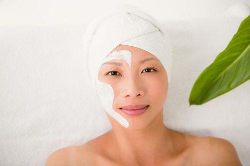 Idée Cadeau Rêves de Beauté à Veauche : soin massage visage sublimateur