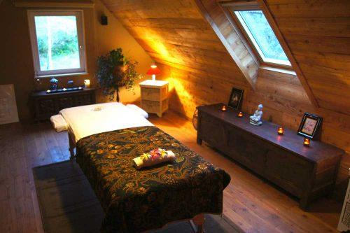 Idée Cadeau Keryanti domaine de Lesleac'h à Plouégat-Moysan - salon massage