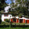 Idée Cadeau Maison Sarrot à Bidache : maison-facade