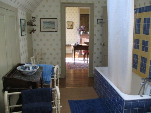idée cadeau Chateau du Quengo Irodouër - salle de bain botherel