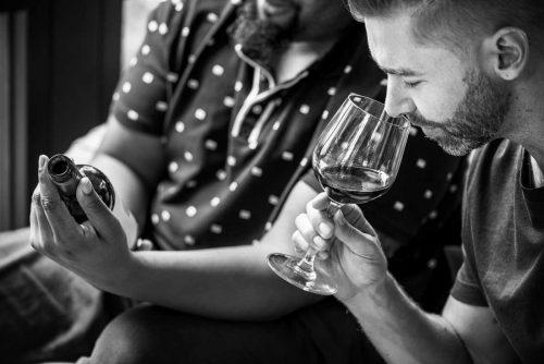 idée cadeau Ludivinum école du vin montpellier - dégustation vin rouge