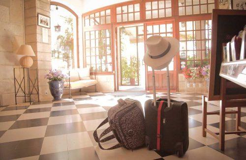 Idée Cadeau hôtel le Mas de la Fenière à Arles : acceuil