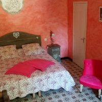 Idée Cadeau la Maison de Josepha Ferrals-les-Corbières chambre-campagne : lit double