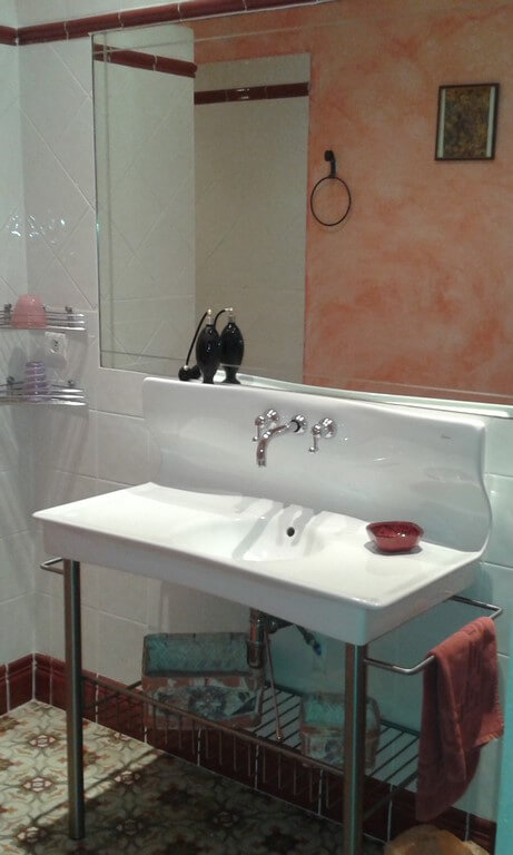 Idée Cadeau la Maison de Josepha Ferrals-les-Corbières chambre-campagne : salle de bain