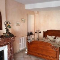 Idée Cadeau la Maison de Josepha Ferrals-les-Corbières chambre limouxine : lit double