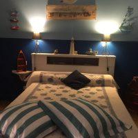 Idée Cadeau la Maison de Josepha Ferrals-les-Corbières chambre marine : lit