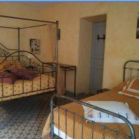 Idée Cadeau la Maison de Josepha Ferrals-les-Corbières chambre moisson : lit simple