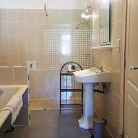 Idée Cadeau la Maison de Josepha Ferrals-les-Corbières chambre moisson : salle de bain