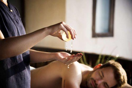 Idée Cadeau Ayurveda et Massages du Monde Tours - Massages du monde