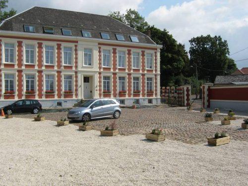 Idée Cadeau Château de Moulin le Comte Aire-sur-la-Lys extérieur