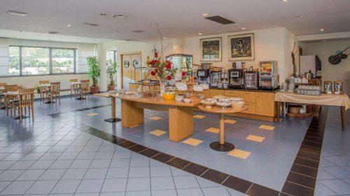 Idée Cadeau Express Hotel Aoste Italie petit-déjeuner