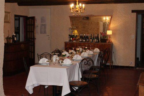 Idée Cadeau La Mandarine Piolenc salle à manger