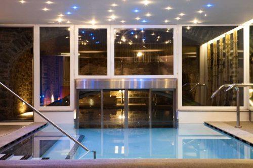 Idée Cadeau Les Plaisirs d'Antan Jovencan Aosta Italie - La piscine 3