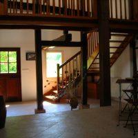Idée Cadeau Belliette chambres d'hôtes Cazaubon - entrée intérieur