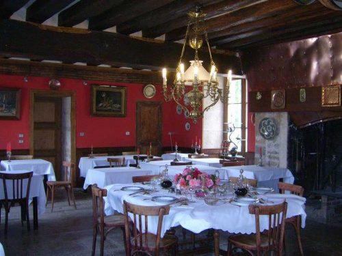 Idée Cadeau Chateau d'Island Avallon Vézelay - Le restaurant