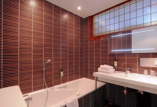 Idée Cadeau Grand Hôtel de Tours - Salle de bain chambre Supérieure
