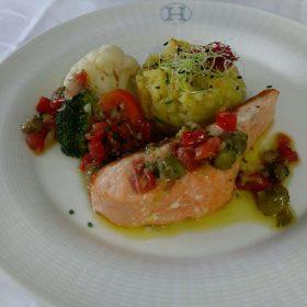 Idée Cadeau Hôtel Restaurant Le H Barr - pavé de saumon