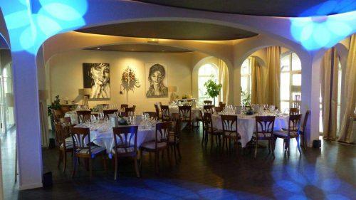 Idée Cadeau Hôtel Restaurant Le H Barr - salle de restaurant