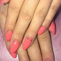 Idée Cadeau Face à Face Cuges-les-Pins - nails art