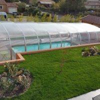 Idée Cadeau Spa Source de la Sainte-Baume Plan-d'Aups - maison et piscine