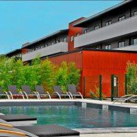 Idée Cadeau Best Western Desing & Spa Arcachon - vue hotel et piscine