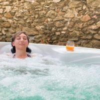 Idée Cadeau L'échappée trémoussante Saint-Barthélémy-de-Vals - dans le spa