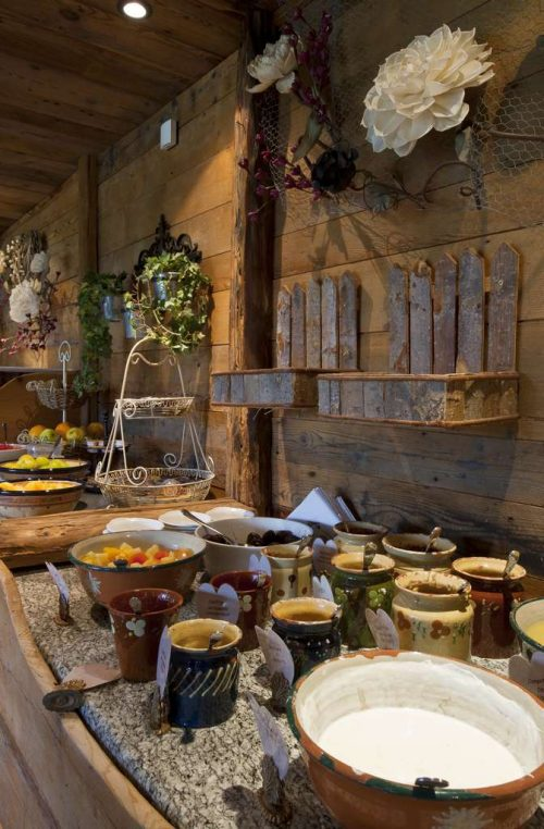 Idée Cadeau Hotel les Grands Montets Chamonix - Espace petit déjeuner