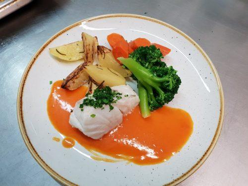 Idée Cadeau Le Lezard Gourmand Eygalieres - un plat poisson