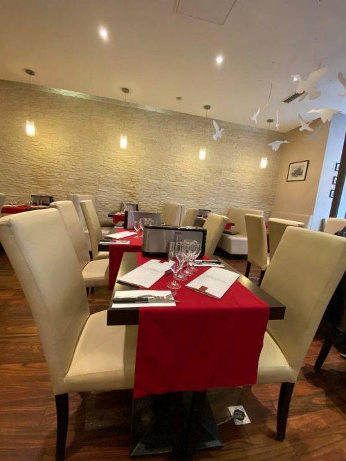 Idée Cadeau Restaurant Le Domaine de Lintillac Paris - la salle