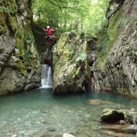 Idée Cadeau Aventure Chlorophylle Louvie-Juzon - Canyoning Oxygen journee initiation sportive 4